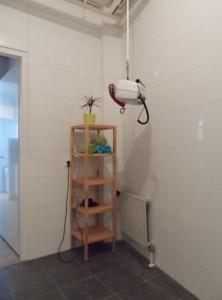 Tillift en andere voorzieningen in aangepast toilet